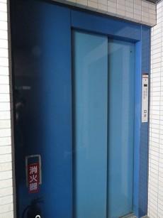 ネオハイツ田町 エレベーター
