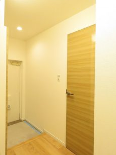 学芸大ダイヤモンドマンション 洋室約4.7帖扉