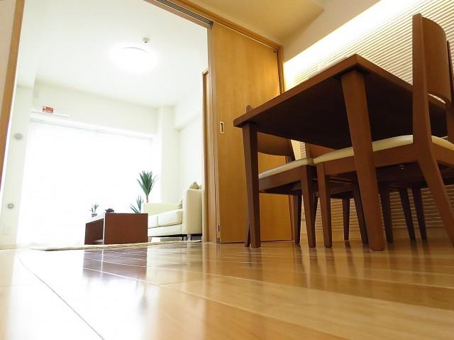 日商岩井第2玉川台マンション ダイニングキッチン+洋室
