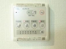 ハイネス巣鴨 浴室換気乾燥機