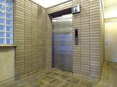 朝日シティパリオ島津山 エレベーター