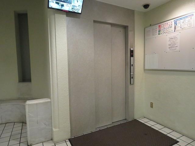 藤和南大塚コープ エレベーター