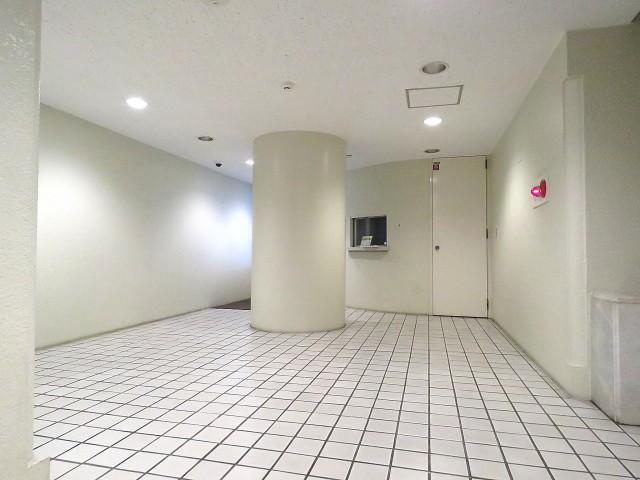 藤和南大塚コープ エントランスホール