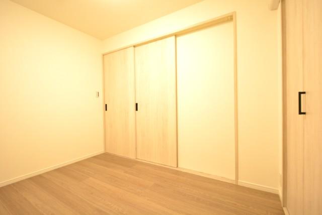 五反田ロイヤルハイツ 洋室1