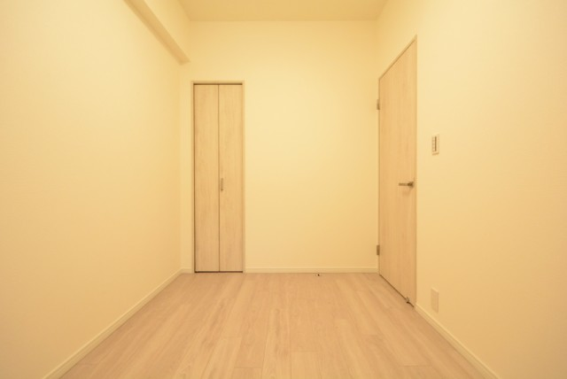 クレストフォルム田町ベイサイドコート 洋室3