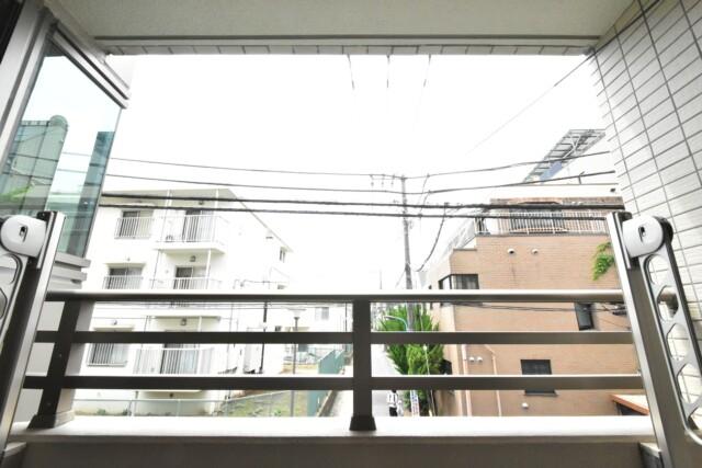 エム・ブランド新宿戸山公園 バルコニー