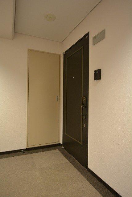 イトーピア音羽 玄関