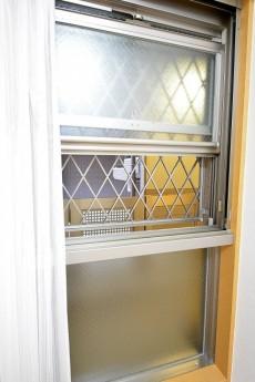 クリオ上北沢 4.5帖洋室の窓
