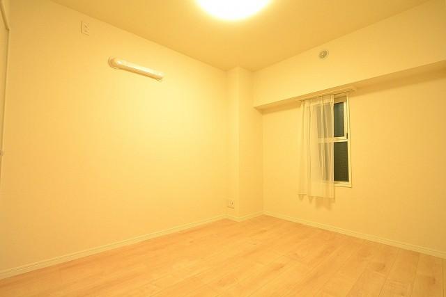東中野パークマンション 5.6帖洋室