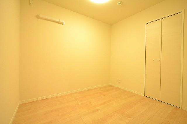 東中野パークマンション 4.3帖洋室