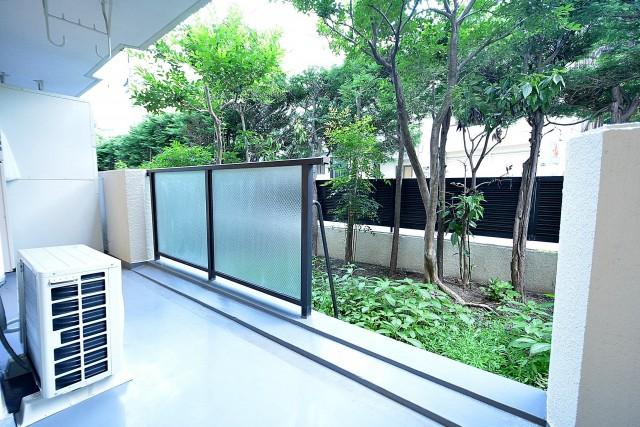 東中野パークマンション バルコニーと専用庭