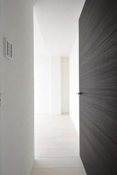 代々木コーポラス 4.2帖洋室ドア