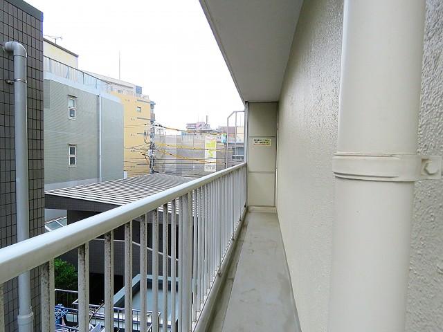 日商岩井第2玉川台マンション 南側バルコニー