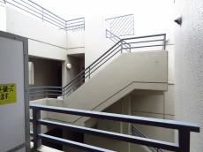 玉川瀬田タウンホーム 洋室約6.5帖側眺望
