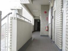 藤和三軒茶屋コープ 共用廊下