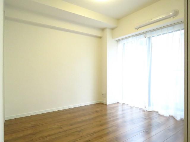 ルナパーク三軒茶屋 洋室約4.5帖