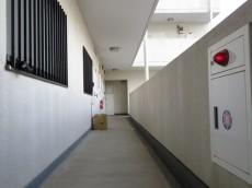 クレール池袋 共用廊下