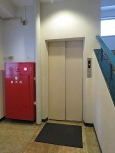 セレクトガーデン池袋 エレベーター