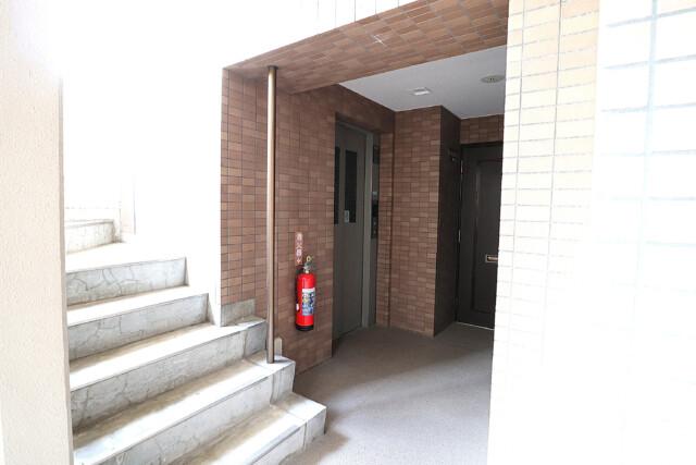 朝日シティパリオ高輪台A館 玄関 (2)