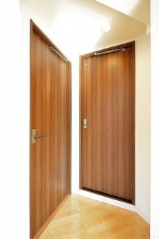 インペリアル赤坂フォラム ドア