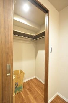赤坂台マンション 6.0帖洋室のWIC