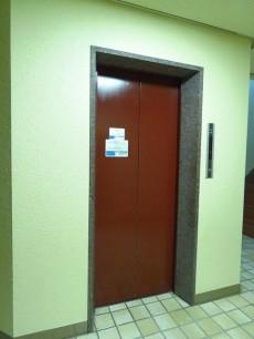 藤和島津山コープ エレベーター
