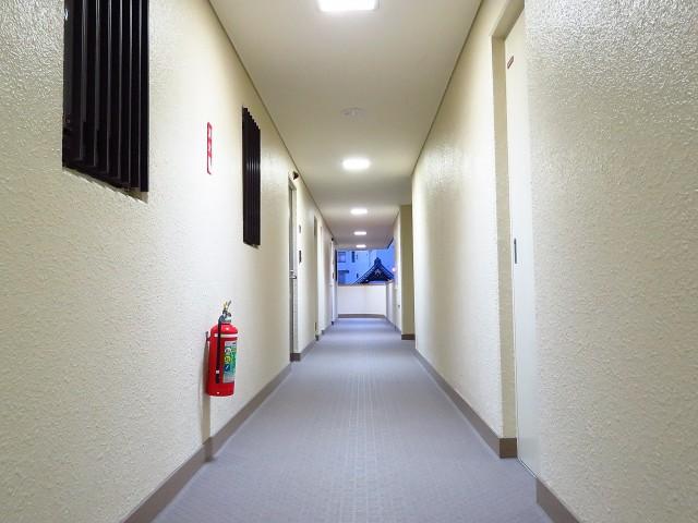 藤和島津山コープ 共用廊下