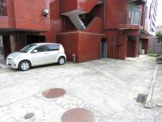 レインボー目白 駐車場