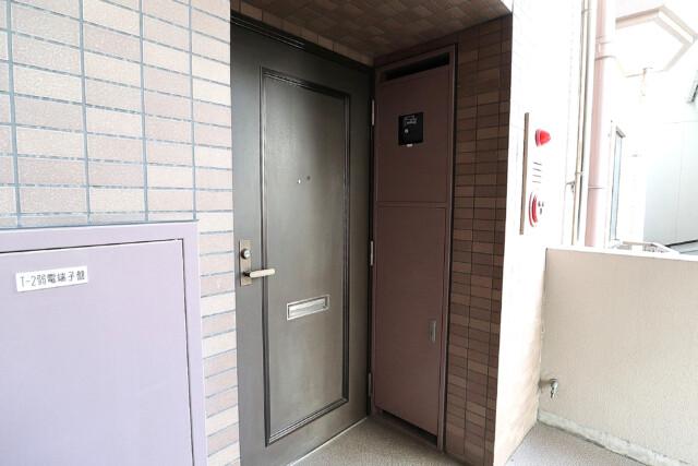 朝日シティパリオ高輪台A館 玄関 (1)
