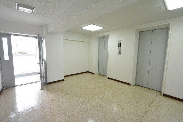 豊栄西荻マンション エレベーター前