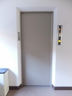 ニューハイツ田園調布 エレベーター