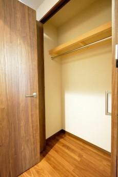 桜新町ヒミコマンション 5.5帖洋室クローゼット