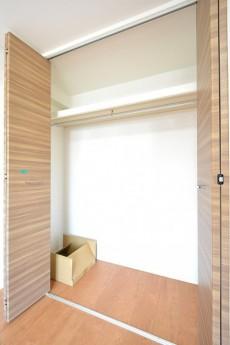 アルテール新宿 6.0帖洋室②クローゼット