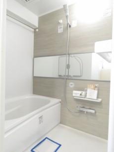 第一フォンタナ駒沢 バスルーム
