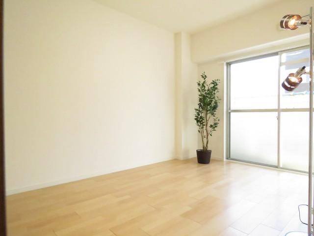 第一フォンタナ駒沢 洋室約6.0帖