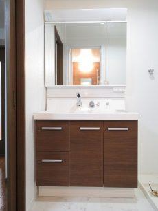 日商岩井大岡山第2マンション 洗面化粧台