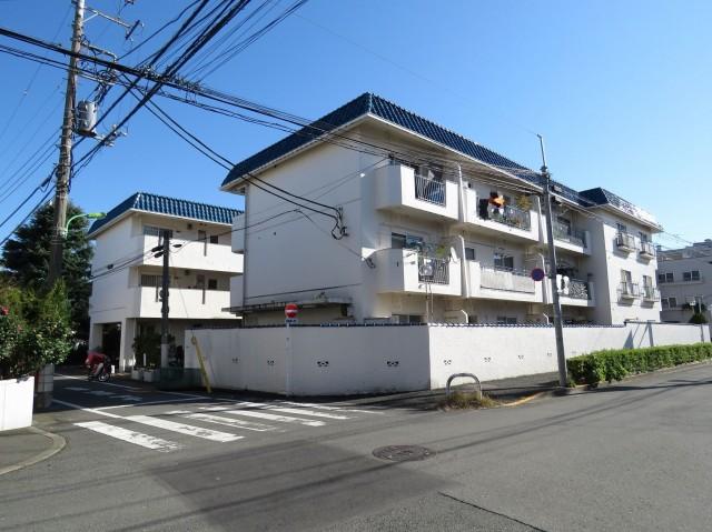 第一フォンタナ駒沢 外観