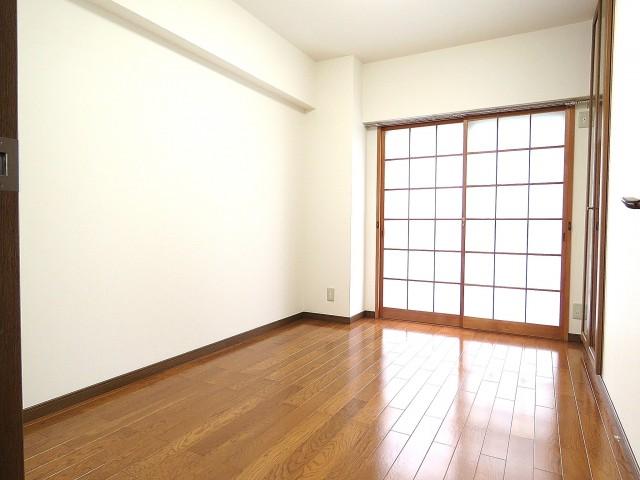 日商岩井大岡山第2マンション 洋室