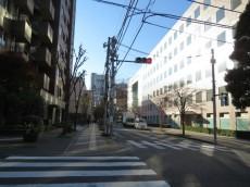 九段坂ハウス 前面道路