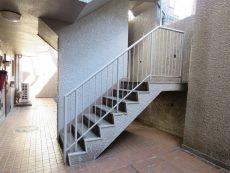 パーク・ハイム用賀 共用階段