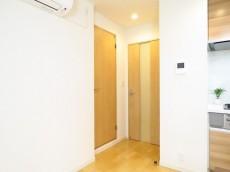 ライオンズマンション神楽坂第3 洗面室扉