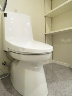 秀和第二神宮レジデンス トイレ