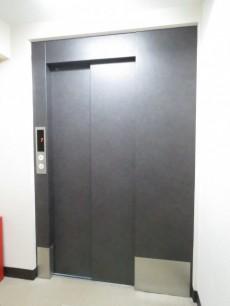 シャトレー代々木 エレベーター