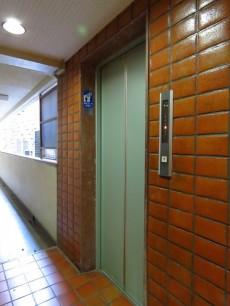 カルム第二赤坂 エレベーター