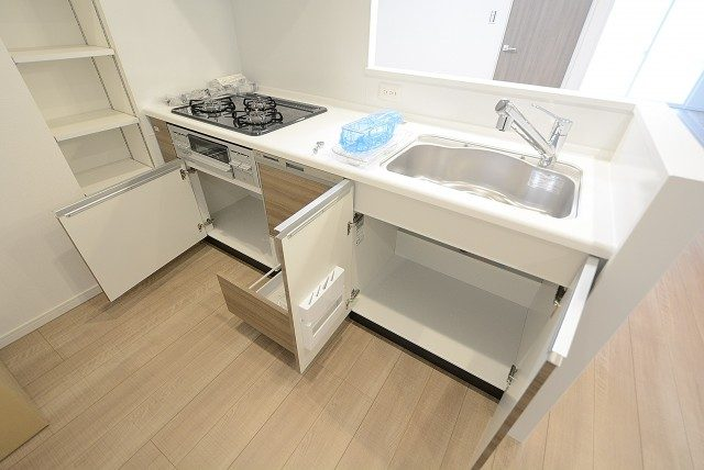 日商岩井南烏山マンション キッチン