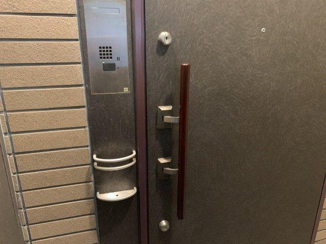 アルス代々木参宮橋コートアデリオン 玄関