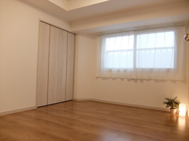 池ノ上グロリアハイツ 5帖洋室