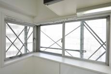 ライオンズマンション三軒茶屋 キッチン窓