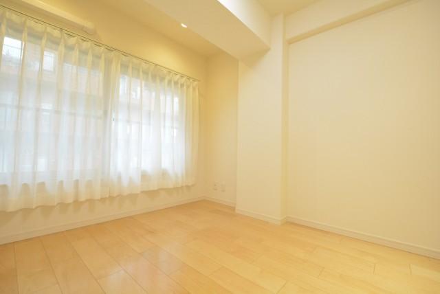 ハイネス小石川305 洋室