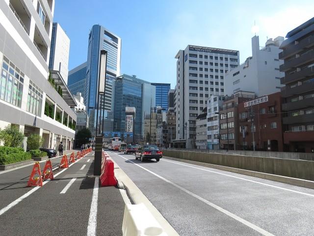 エムエフ新橋 前面道路